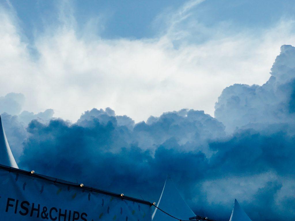 Spektakuläres Wolkenbild auf dem MS Dockville 2017