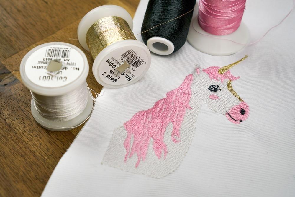 2017-01-makema-stickdatei-embroidery-unicorn