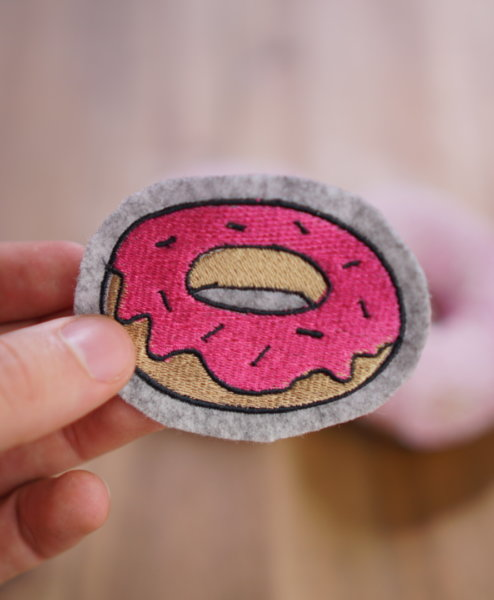 2017-04-makema-embroidery-design-donut-03