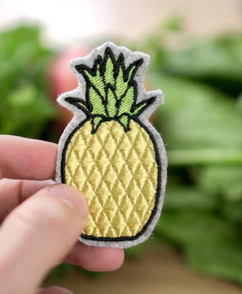 download machine embroidery design »pineapple«