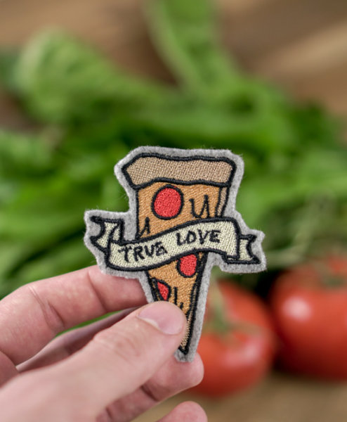 2017-05-makema-embroidery-design-stickdatei-herunterladen-22-pizza-true-love