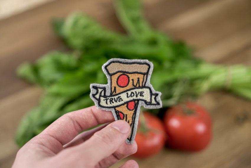 embroidery design pizza download