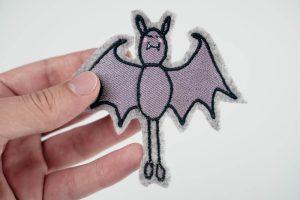 2017-09-stickdatei-embroidery-file-halloween_fledermaus-00002