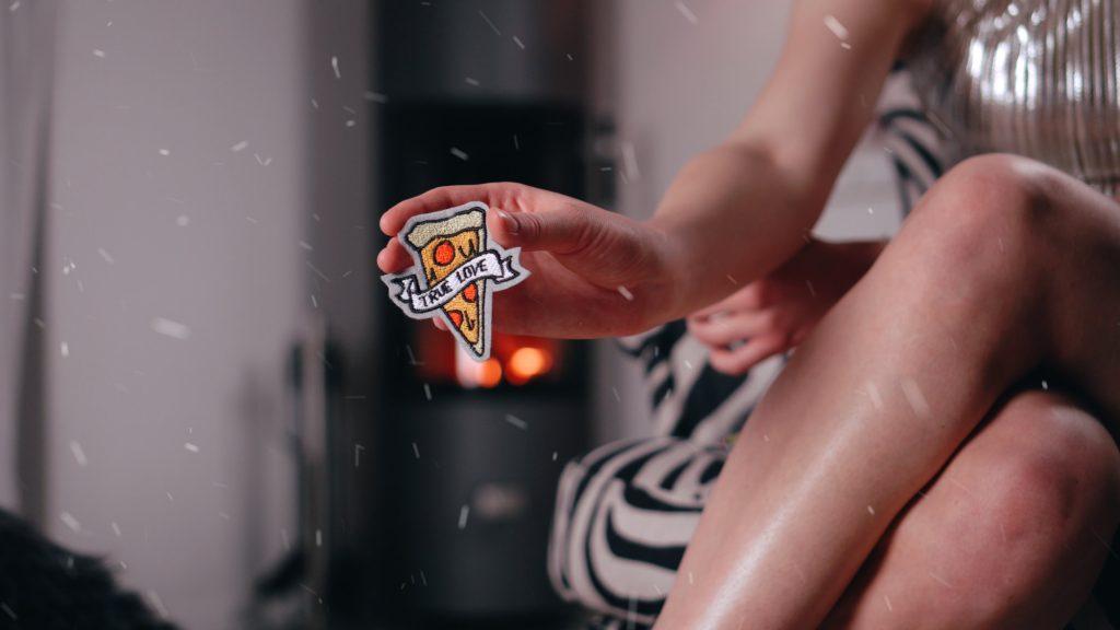 Pizza als Patch zum Aufbügeln kaufen