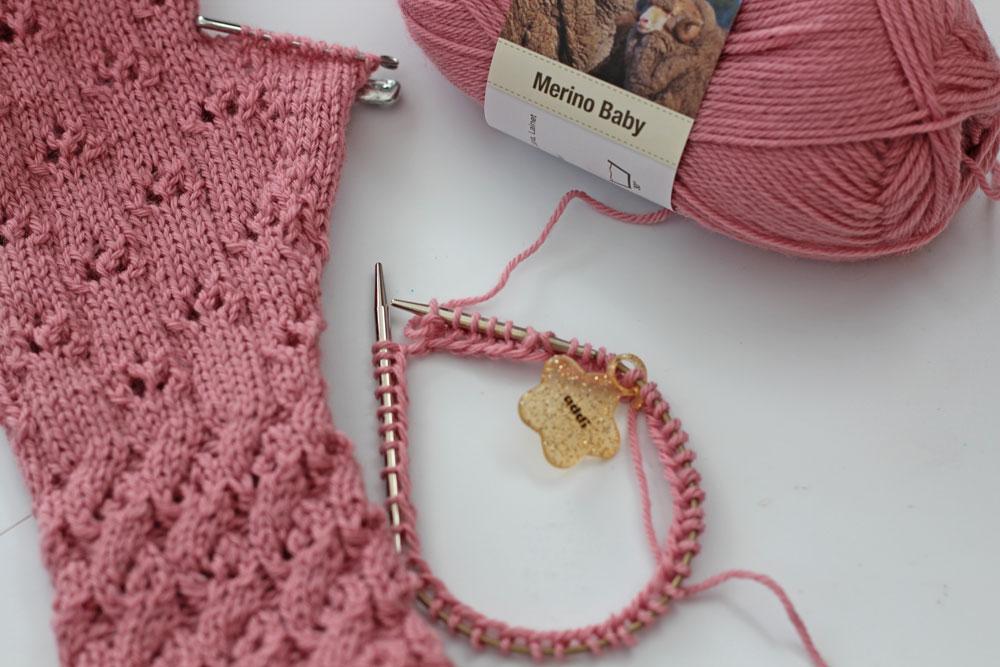 Armstulpen-stricken-Sockenwunder-Maschen-aufnehmen2