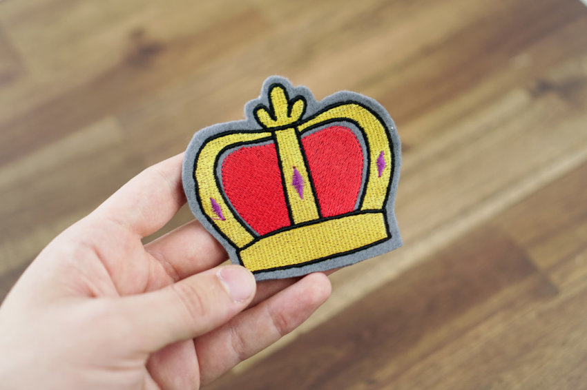 embroidery design crown