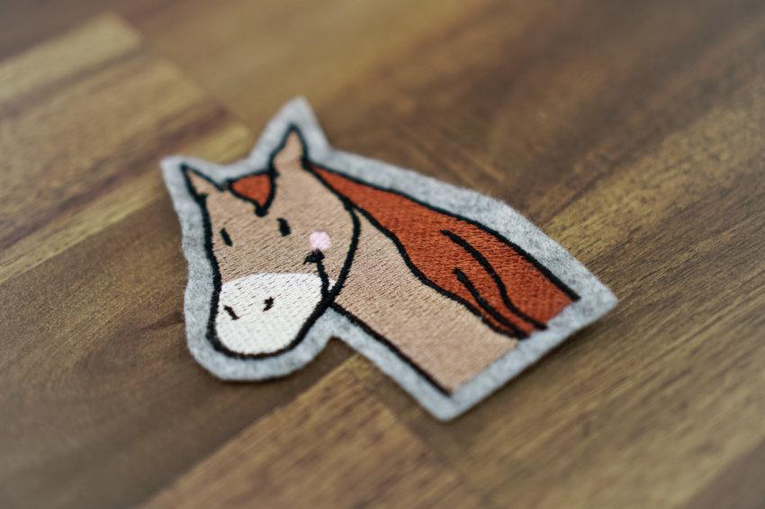 Stickdatei pferd