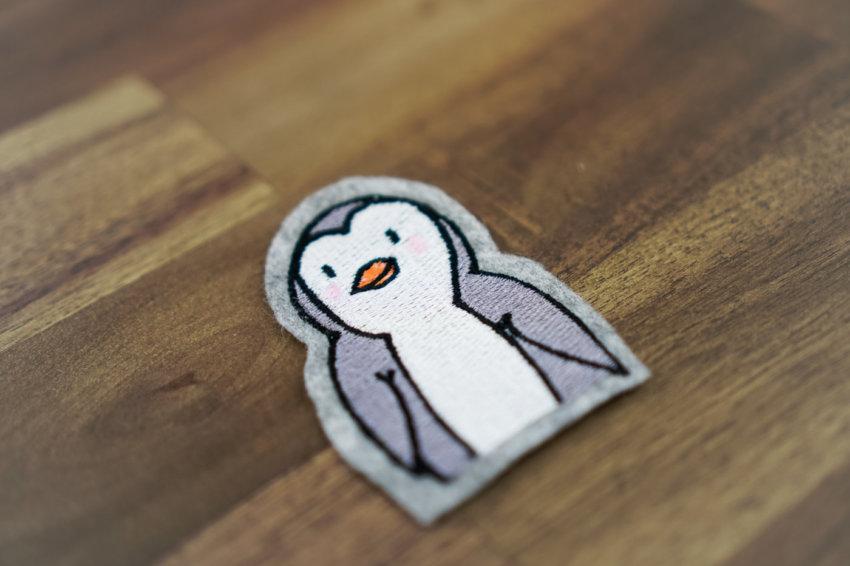 machine embroidery design penguin