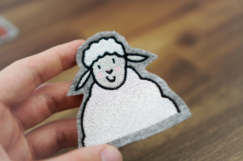 machine embroidery design sheep