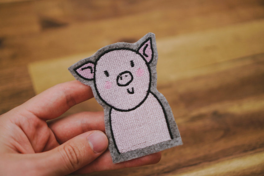 machine embroidery design pig