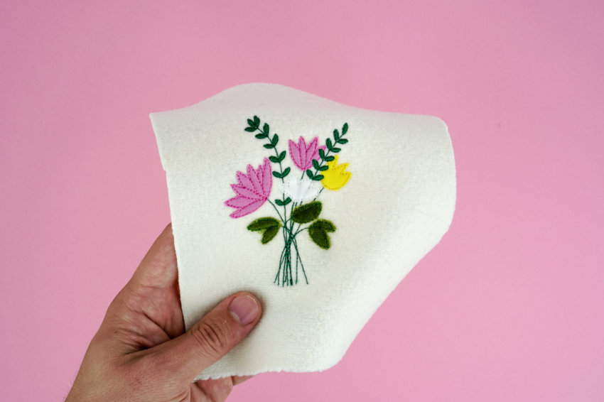Anwendungsbeispiel: Stickdatei Blumenstrauß Applikation