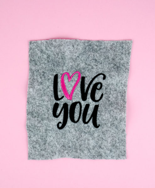 "Stickdatei Love You  hand lettering ""love you"" stickdatei liebe love you 01 494x600"