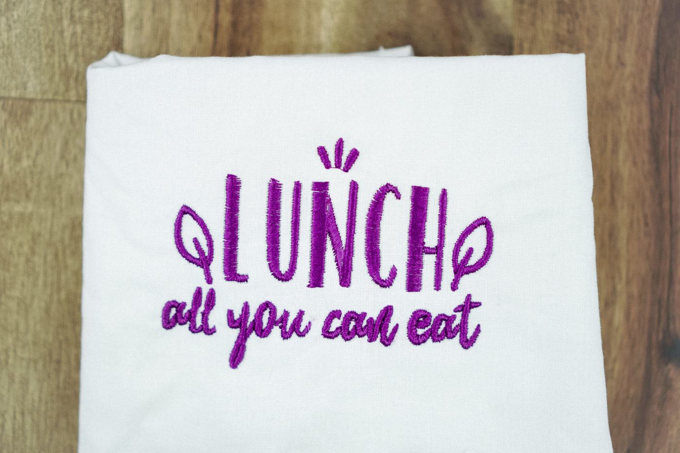 Stickdatei Lunch stickdatei lunchbag Lunch – »All you can eat« stickdatei lunch 01 1400x933