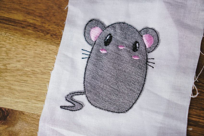 machine embroidery design mouse applique (example of use)