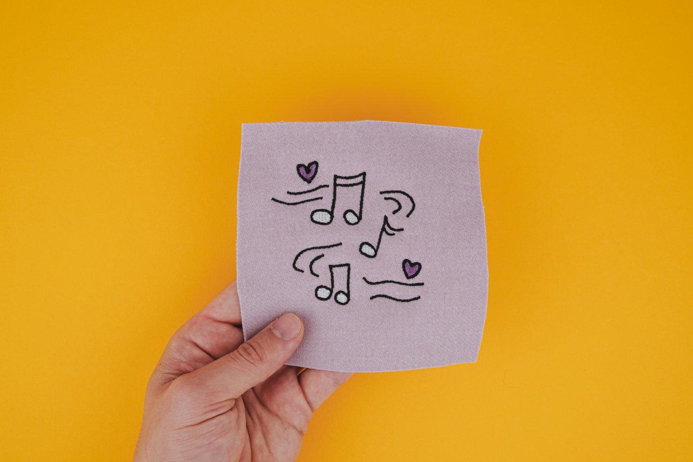 Stickdatei Musik / Noten stickdatei musik Musik 🎶 stickdatei noten musik 02 1400x933