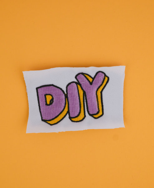 Stickdatei do it yourself stickdatei diy DIY 💛💜 stickdatei diy 01 494x600 stickdateien Schnittmuster, Strickanleitungen & Stickdateien Online Shop (Start) stickdatei diy 01 494x600