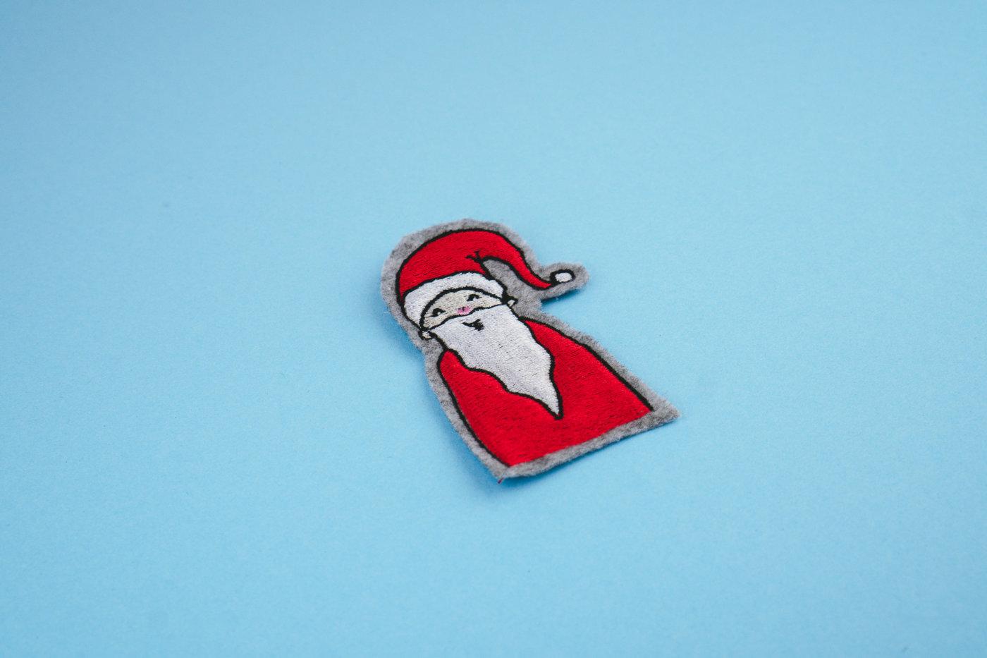 Stickdatei Weihnachtsmann (Anwendungsbeispiel) stickdatei weihnachtsmann Weihnachtsmann 🎅🏻 stickdatei weihnachtsmann 03 1400x933