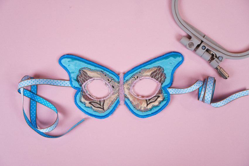 ITH Maske Schmetterling